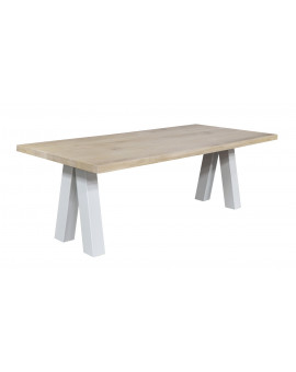 Oak table Volt